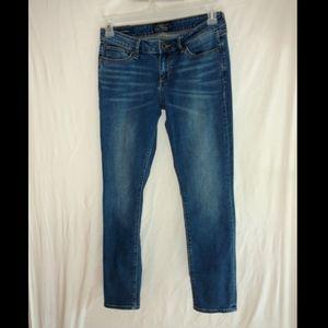 Lucky Brand Lolita skinny jeans size 6 /28